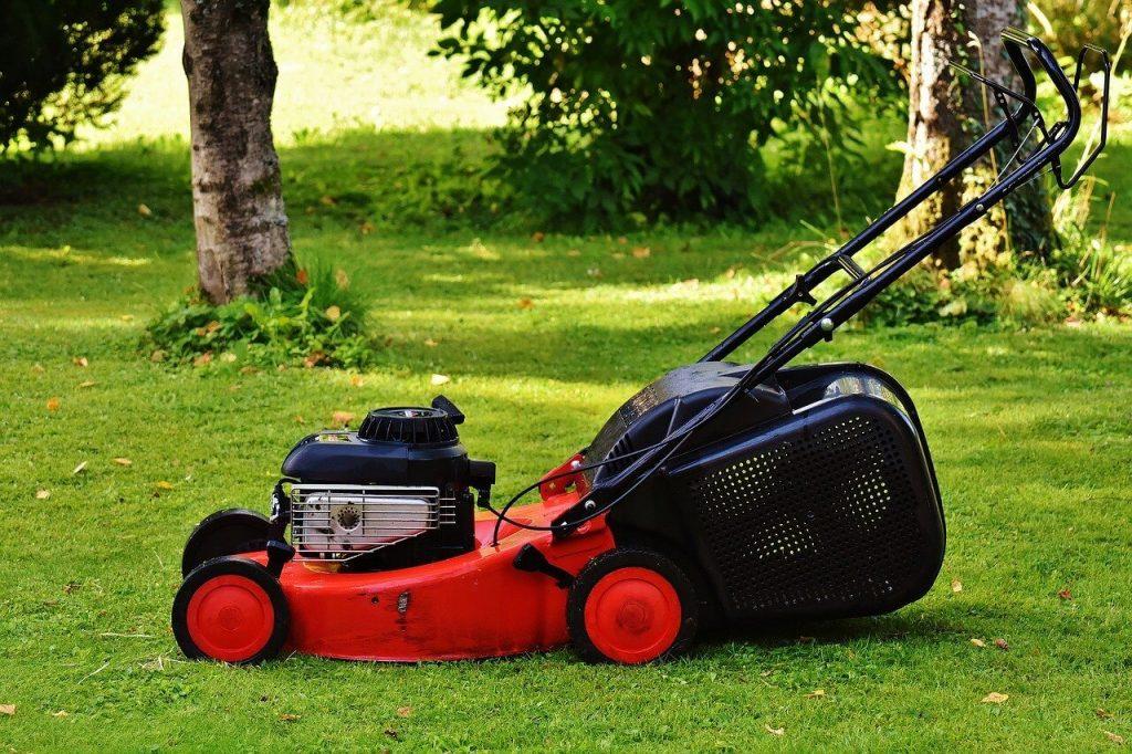 leeds lawn mowing